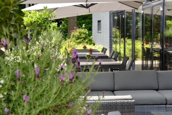 Landgoed Zonheuvel Paviljoen Restaurant Fleuri Terras